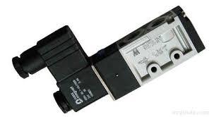磁翻板液位计存在盲区的原因有哪些